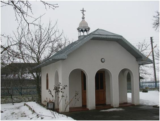 Каплиця владики Чарнецького біля храму Вознесіння