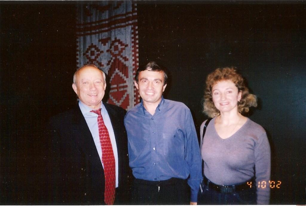 Герой України Мирослав Вантух (крайній зліва)