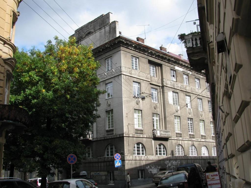 Акційна спілка «Ходорів» у Львові: …і тепер