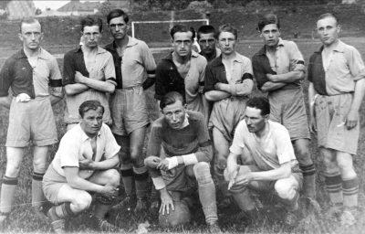 ССКС «Ходоровія» – 1935 р. сидять (зліва - праворуч): Міськув І, Пронцікєвіч, Лашко ІІ стоять: Сонсядек, Вєльгуш, Блюсовіч, Шейбал, Міськув ІІ, Дмитришин, Струк, Лашко І