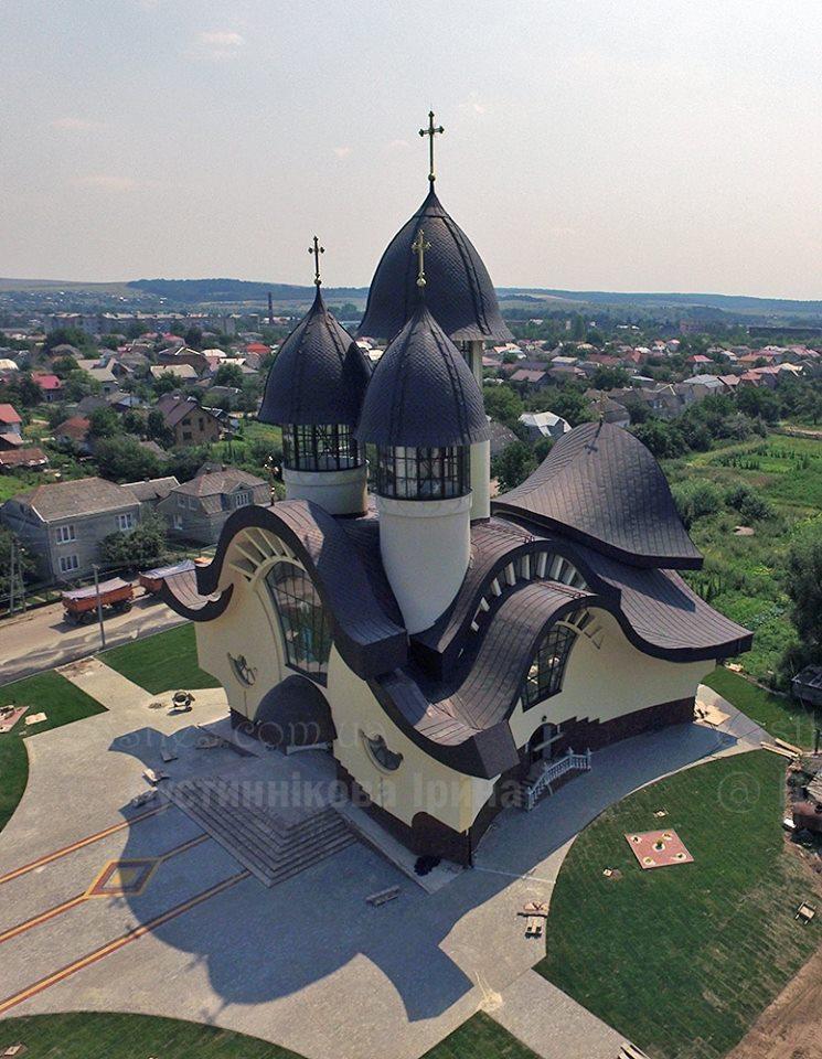 церква Володимира та Ольги